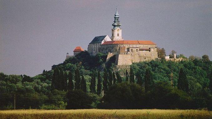 castello-nitra