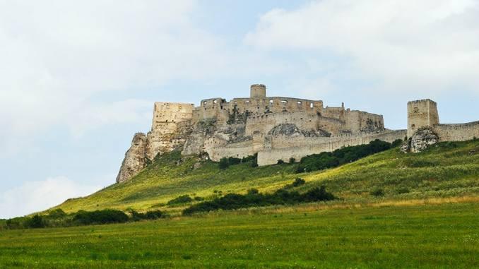 castillo-spis-turismo_pixabay