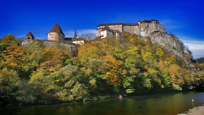 orava-castle